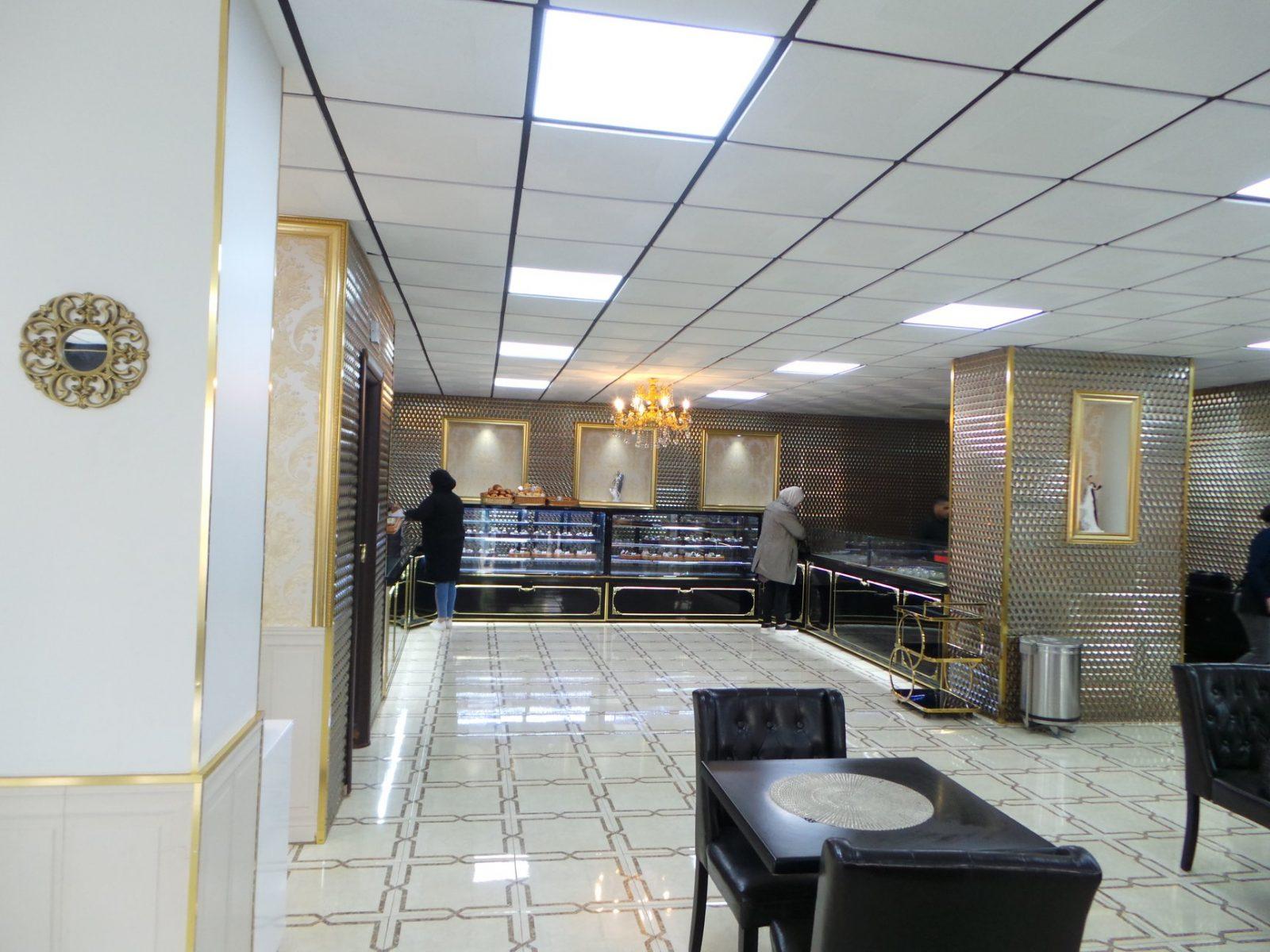 Agencement pâtisserie le carré ORAN
